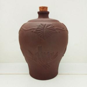 紫砂陶瓷酒瓶