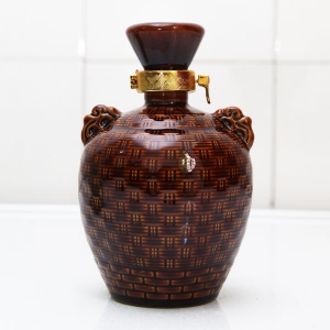 高档仿古竹编陶瓷酒瓶
